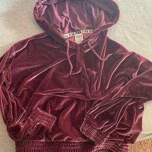 Maroon velvet sweat shirt